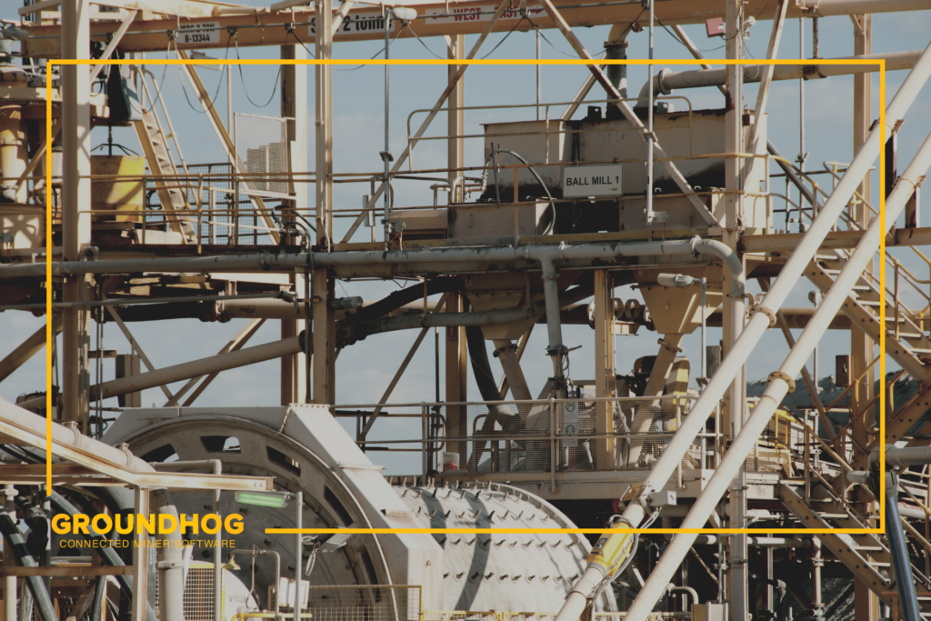Digital Innovations in Mining - Intelligence and Analytics in The Mining Industry